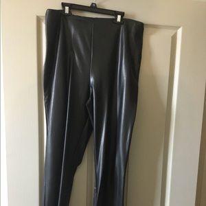 Pants - Sleek liquid leggings